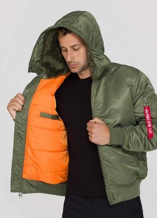 Демисезонная куртка бомбер alpha industries ma-1 hooded