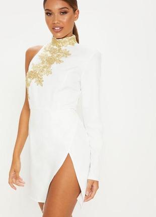 Prettylittlething романтична біла сукня-сорочка з широкими рукавами ... d7fd6b472f61a