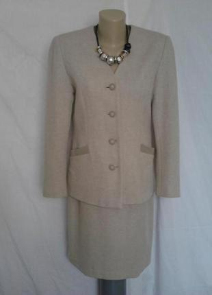 Роскошный французский костюм,юбка,пиджак,100%шерсть,качество un sour ailleurs