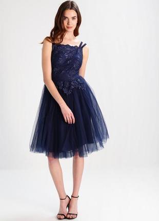 Ажурное платье с пышной фитиновой юбкой