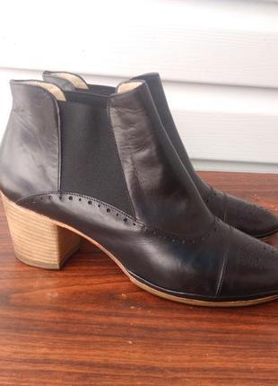 Ботинки осенние кожаные черные alexandra(xsa) (italy),размер 40-й...