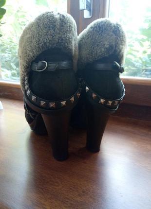 В наличии фирменные зимние ботинки ботильоны carnaby, мега крутые с шипами