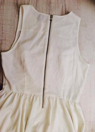 Коктельное платье с плотной ткани