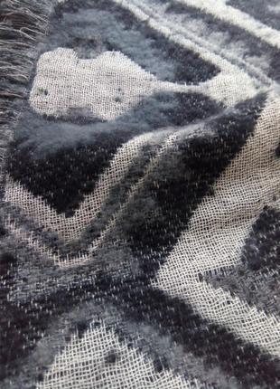 Шикарный палантин-шаль accessoires