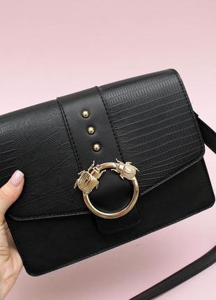 Чорна сумочка на одне плече primark