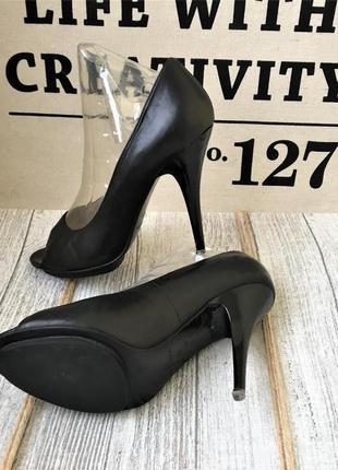 Кожаные туфли высокий каблук открытый носок braska, 37