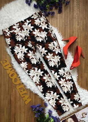 Бомбезные коттоновые брюки в принт цветы