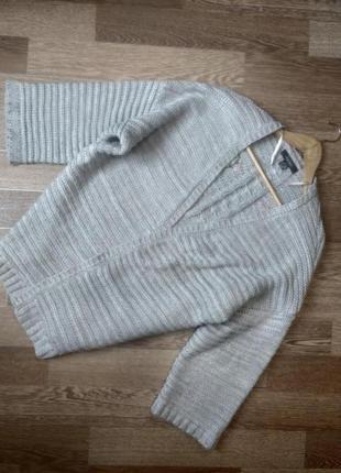 Стильный вязаный кардиган оверсайз с вышивкой кимоно