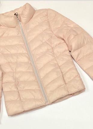 Классная легусенькая куртка primark