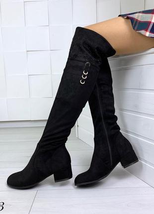 Шикарные ботфорты на низком каблуке. размеры с 36 по 40