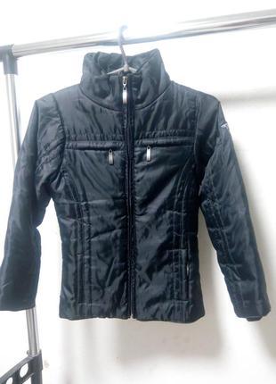 Куртка осень на девочку 122-128 см