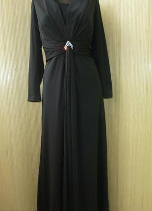 Длинное темно коричневое платье