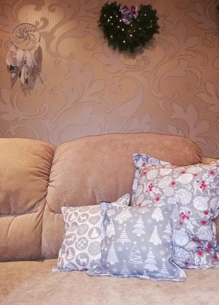 Декоративные новогодние подушки