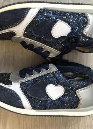 Очень стильные кроссовки для девочки. р. 30 натуральная кожа, натуральная замша