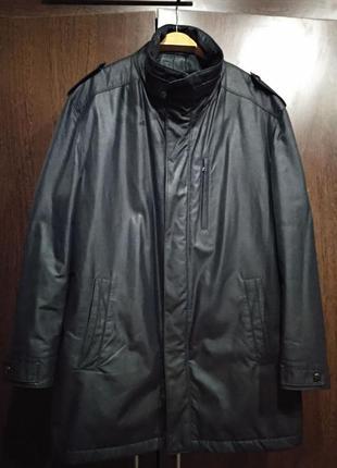 Шикарное фирменное зимнее пальто