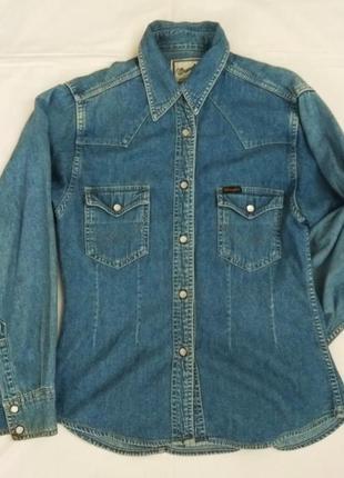 Голубая джинсовая рубашка wrangler