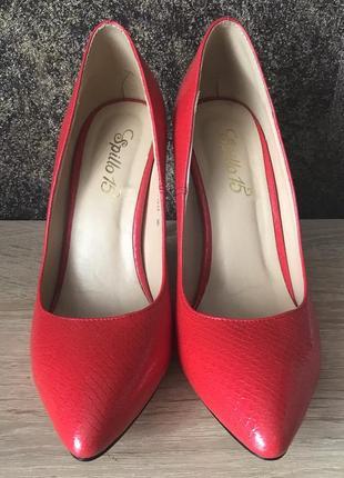 Новые кожаные туфли vitto rossi
