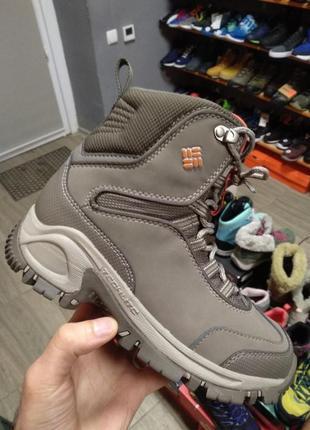Зимові жіночі черевики columbia оригінал нові 38, 41