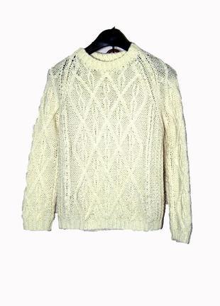 Красивый вязанный свитер на 10-11 лет