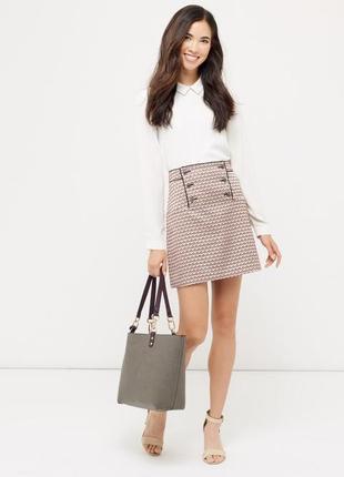 Стильная красивая юбка мини трапецией из жакарда