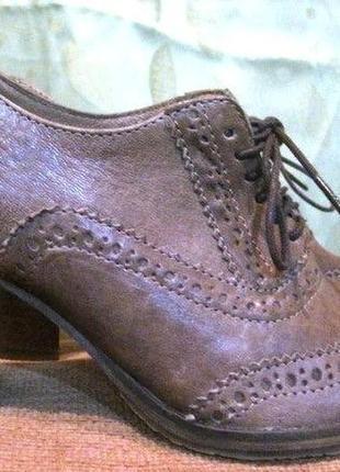 Новые закрытые туфли marc o' polo 36 р-ра