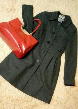 Кокетливое серое пальто ruta-s