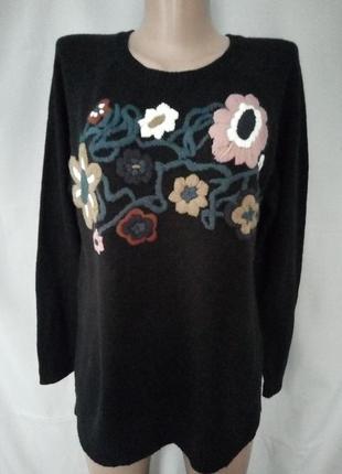 Теплый свитер, джемпер с вышитыми цветами №3kt