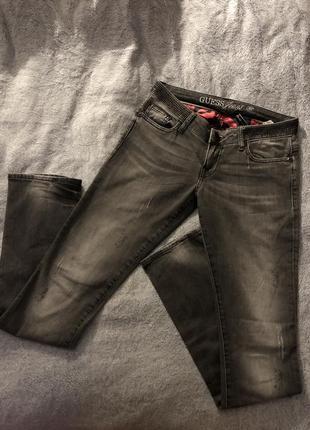 Guess джинсы размер 28/m