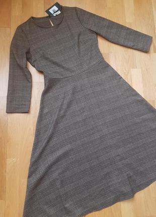Платье в классическом стиле, s