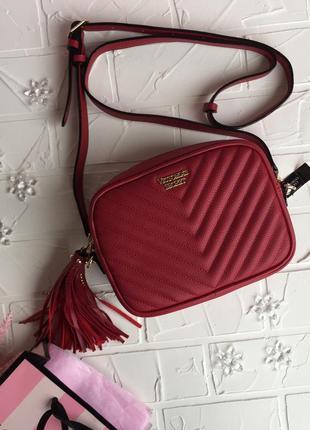 Красная сумка victoria's secret оригинал сумочка маленькая через плече кроссбоди бананка