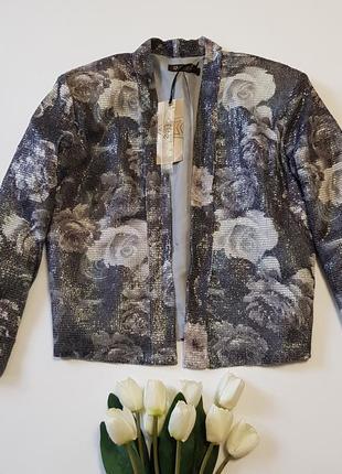 Новый яркий пиджак с пайетами rise