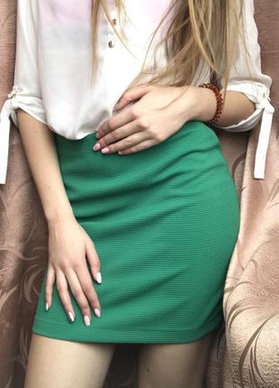 Юбка облегающая узкая по фигуре зелёная мини короткая