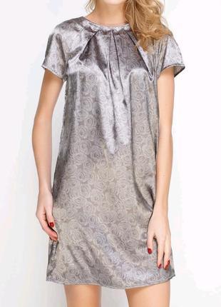 Коктейльное платье benetton в цветочный принт.