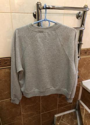 Серый свитшот батник divided3 фото