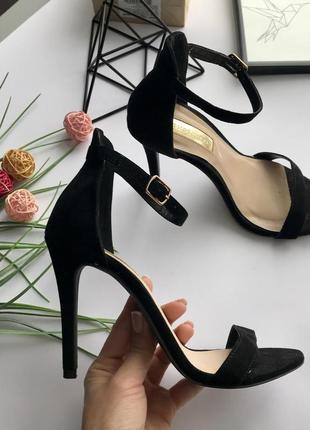 Роскошные чёрные босоножки на высоком каблуке 37 под замш