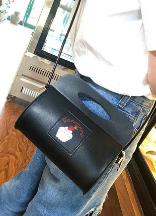 Новая сумочка - клатчик с крутым принтом