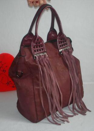 Брендовая вместительная сумка с бахромой бренд tom&eva