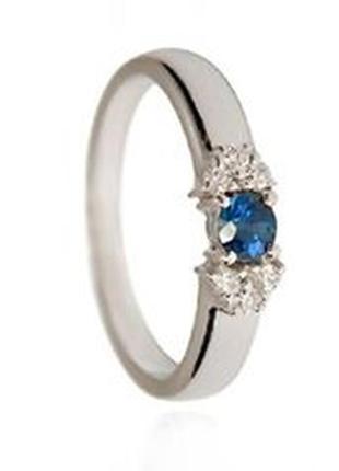 Кольцо из белого золота с  бриллиантами 6 шт и сапфиром