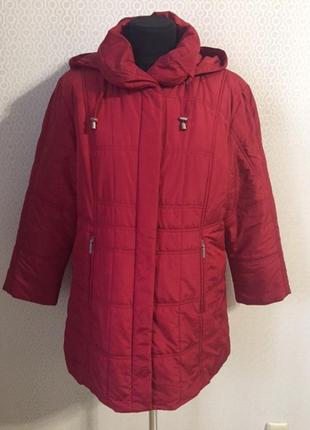 Весенняя яркая куртка с капюшоном на невысокий рост (размер нем 21, укр 48-50)