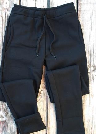 Теплые брюки черные  и серые спортивные штаны на флисе с 44 по 52р