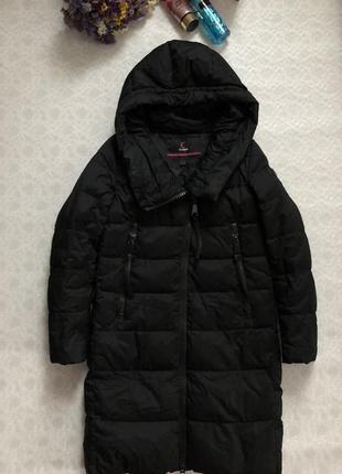 Зимнее пальто s-m размер . clasna