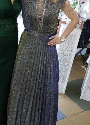 Шикарное платье в пол с люрексом
