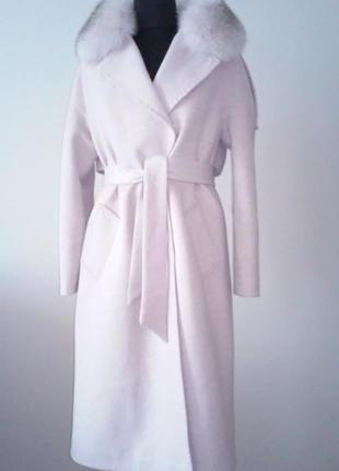 Пальто зимове світло розового кольору