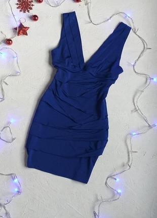 Очень красивое платье  с v- образным вырезом на новые год , цвет электрик от amazing