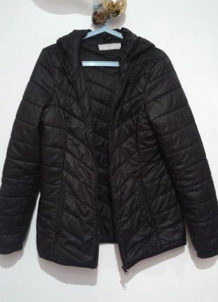 Черная куртка, весна- осень