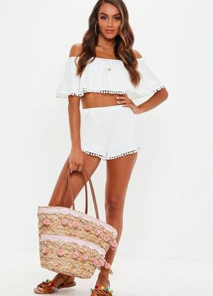 Невероятно милый нежный белоснежный костюм шорты и топ с помпонами m/l/xxl missguided