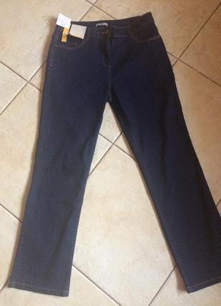 Высокая посадка, классические прямые джинсы tu
