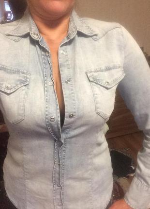 Джинсовая рубашка блузка женская