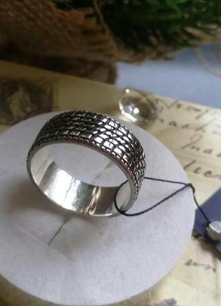 Стильная мужская печатка протектор шины серебро 925 пробы,  размер 20.5