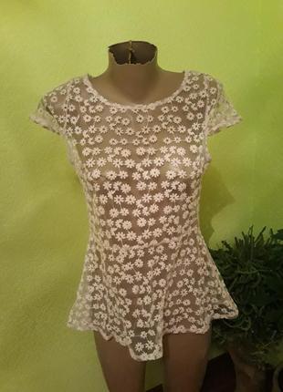 Шикарная пудровая  фатиновая блуза с вышивкой